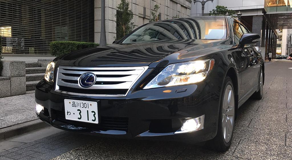LS600hL (2010) ver UZ 4WD
